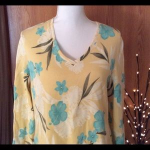 Jamaica Bay yellow flowered long sleeved t…